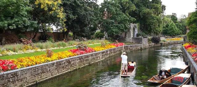 Canterbury-barque