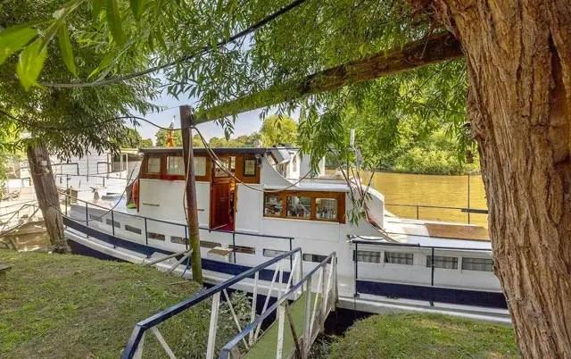 bateau-kew