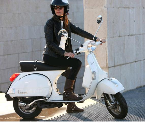 https://i1.wp.com/bonsaibiker.com/wp-content/uploads/2011/04/vespa.jpg
