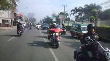 rombongan HD Nabrak Motor