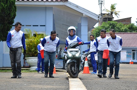 Kompetisi Safety Riding 2017 Regional Jabar oleh DAM