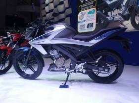 All New V-ixion dan All New V-ixion R 2017 (7)