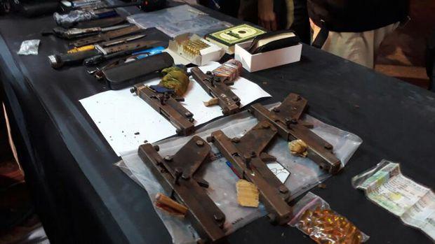 barang bukti pelaku teroris tuban