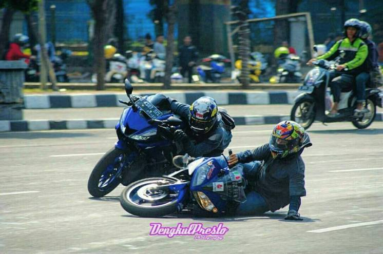 Knee Down Di Monasco Lalu Crash (5)