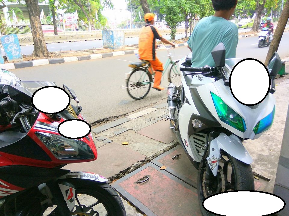 spion motor port dilipat
