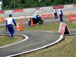 Mega Gallery Foto The 12th Astra Honda Safety Riding Instructor Competition (AH-SRIC) 2018 Day 1 (13)
