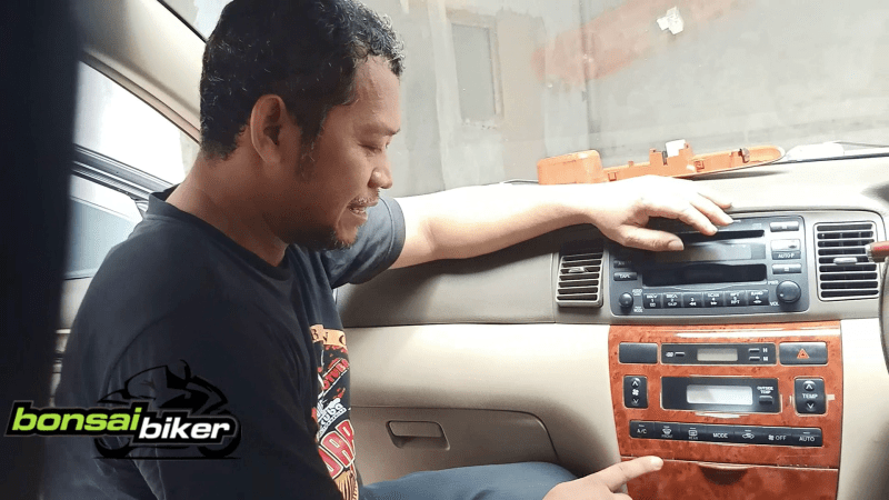 Tips-Benerin-Panel-AC-Altis-2005