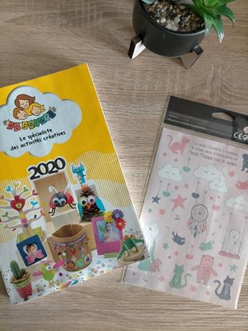Read more about the article Catalogue 10doigts + planches de stickers gratuit