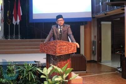 Wakil Wali Kota Bontang Basri Rase. (FOTO-FOTO: RERA ANNORISTA/BONTANG POST &  ANSHARI TRI WIBOWO/SMA VIDATRA)