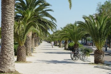 MARCHE (ITALY) ADRIATIC COAST:  HOTEL 4* (1 NIGHT) + BREAKFAST FOR  4 EUROS  P/P