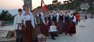 "Folkloras kūpa ""Upīte"" ar koncertdarbeibu i festivalu ""Lipa kust"""