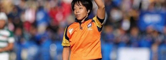ラグビートップリーグ初の女性レフリー 高橋真弓さん