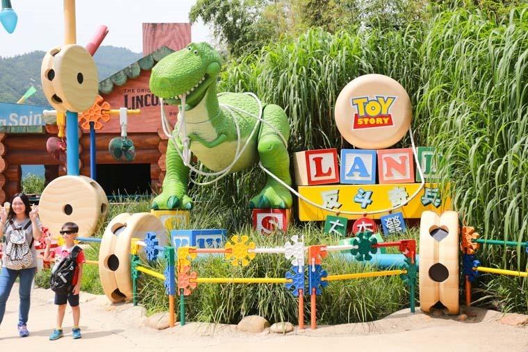 香港 迪士尼一日遊 票價 快速通關 表演時間-63