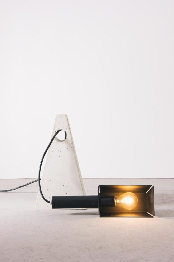4843-luminaria-geo-branca-tomada-3-1200