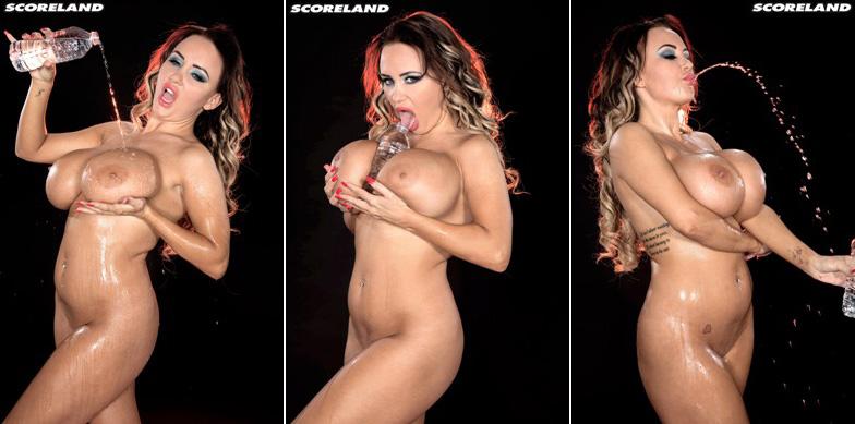 Danniella Levy - Cheerleader 02