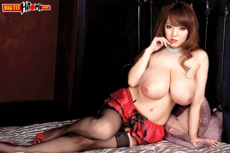 Hitomi Tanaka - The Biggest Japanese Boobs 03