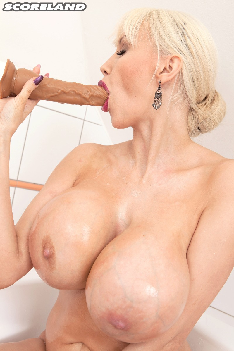 SANDRA STAR - GETTING READY FOR A DATE 05