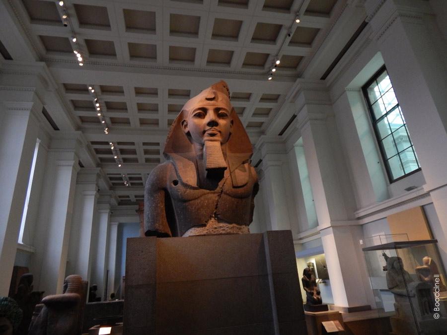 Statue-du-roi-Ramsès-II