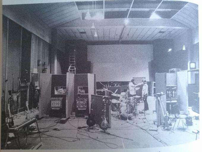 Eagles 1stのオリンピックスタジオのセッティング