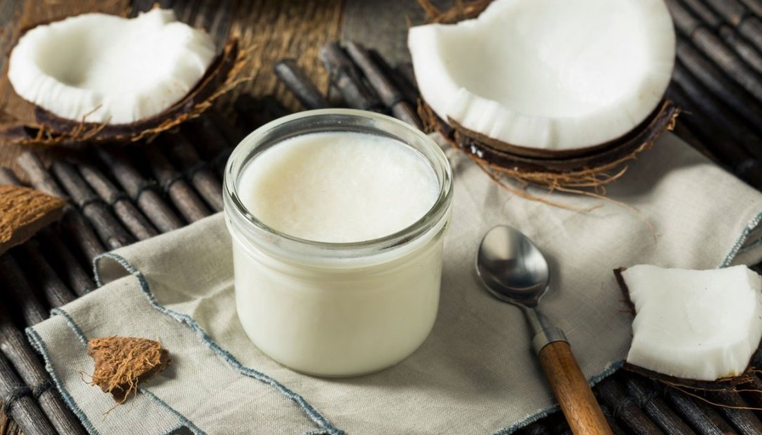 Five Uses For Coconut Oil for kitchen