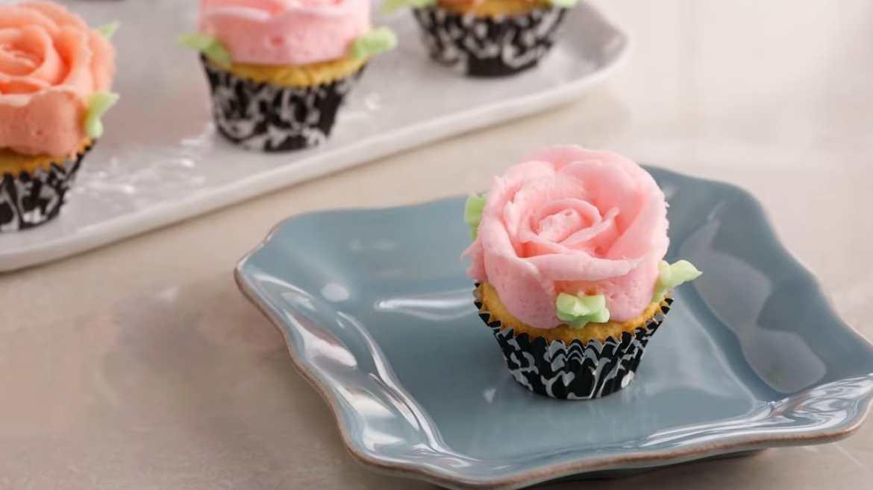 Delightful Mini Cupcakes (Made by Anna Olson)