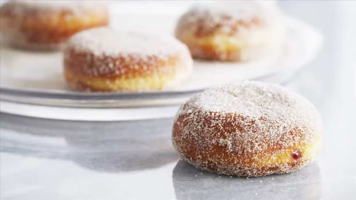 AMAZING Raspberry Jelly Donuts (Made by Anna Olson)
