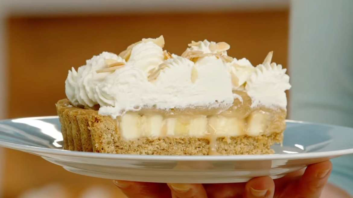 DELICIOUS Banoffee Pie made by anna olson
