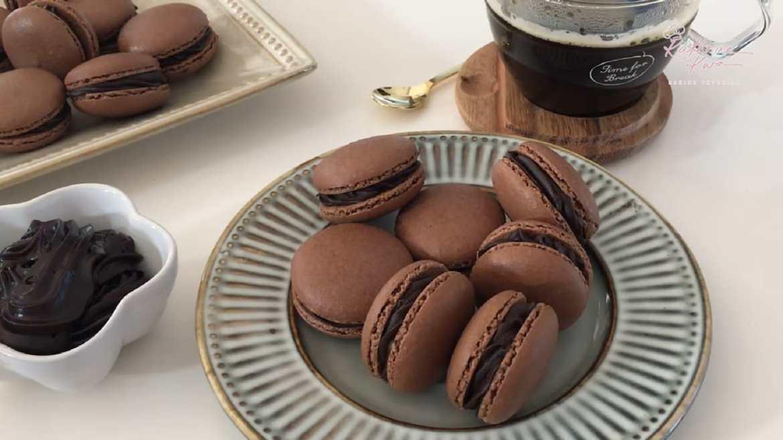 How To Make Chocolate Macaron