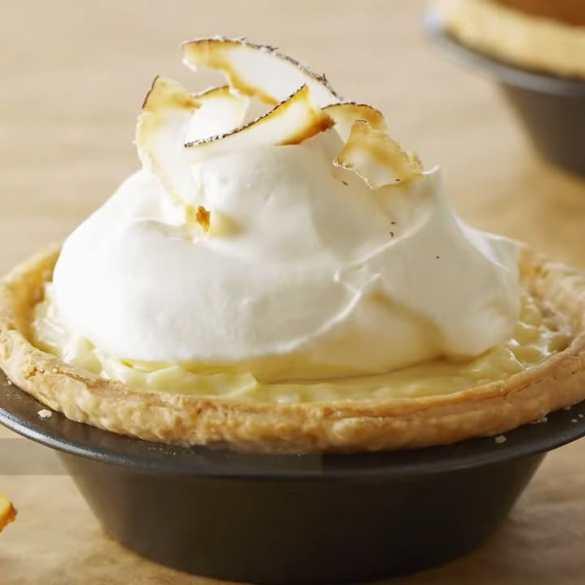 Tiny Coconut Cream Pies