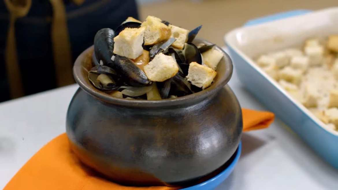 Garlic Mussels, Cooked by Anna Olson