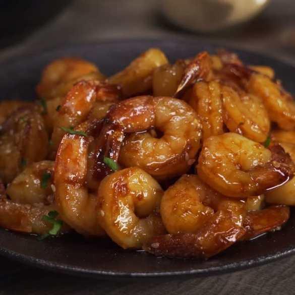 Shrimps In Spicy Garlic Sauce