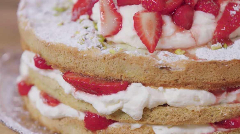 Strawberry & Pistachio Meringue Torte