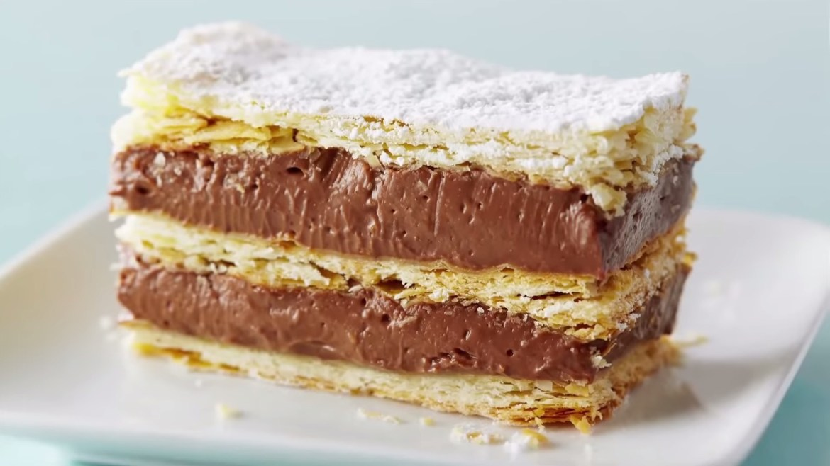 Professional Baker Teaches You How To Make CHOCOLATE NAPOLEON