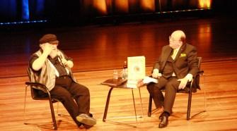 George R.R. Martin mit Denis Scheck beim Harbourfront Literaturfestival 2015
