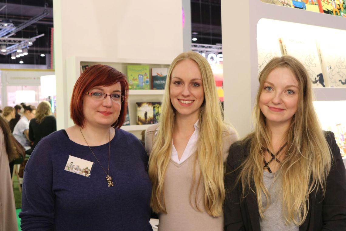 Vanessa (Biblometasia), Anabelle (Stehlblüten) und Laura (Medienmädchen)