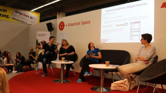 Blogger Future Place 2016 v.l.n.r.: Ich, Tanja (Mainwunder), Suse (Literaturschock), Mara (Buzzaldrins Bücher)