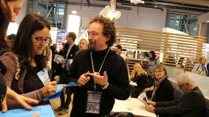 Bernhard Hennen beim #BlogNTalk