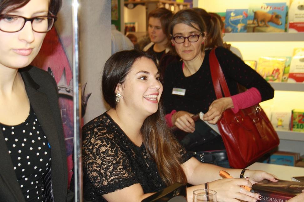 Victoria Aveyard auf der Frankfurter Buchmesse 2015