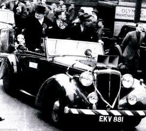 winston churchill in his daimler