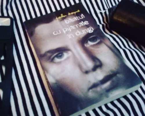 Băiatul cu pijamale în dungi, John Boyne – Recenzie