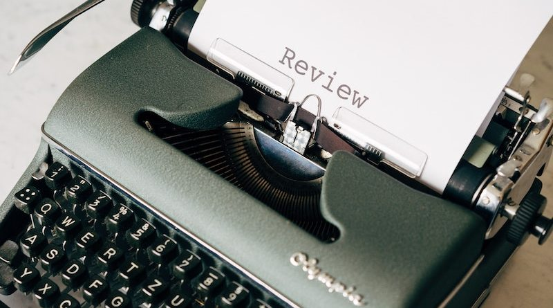 Why is it so difficult to write a book review?