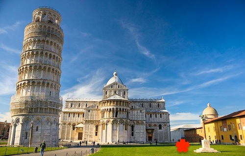 Leaning tower of Pisa - it's busy but you can still find a spot for a little quiet reading time