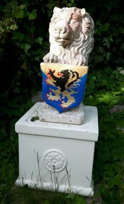 Statues14