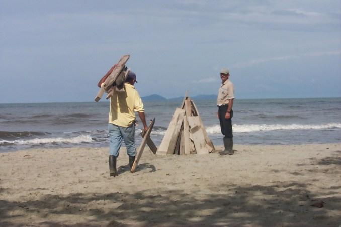 Preparing a beach bonfire - La Ceiba Honduras