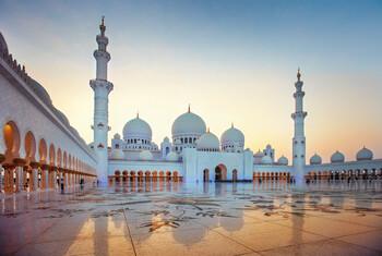 Абу-Даби призывает туристов оставаться любознательными