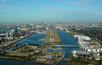 Аэропорт Лондон-Сити откроется в конце июня