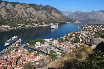 Черногория открывает границы для новых стран