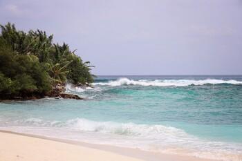 Мальдивы перенесли дату открытия для туристов