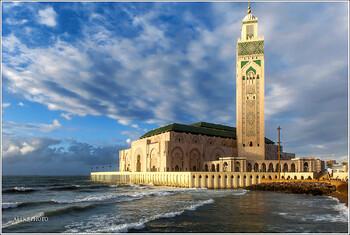 Марокко начинает принимать иностранных туристов