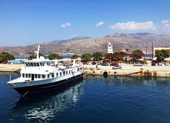 На пассажирском пароме на Крите произошел взрыв